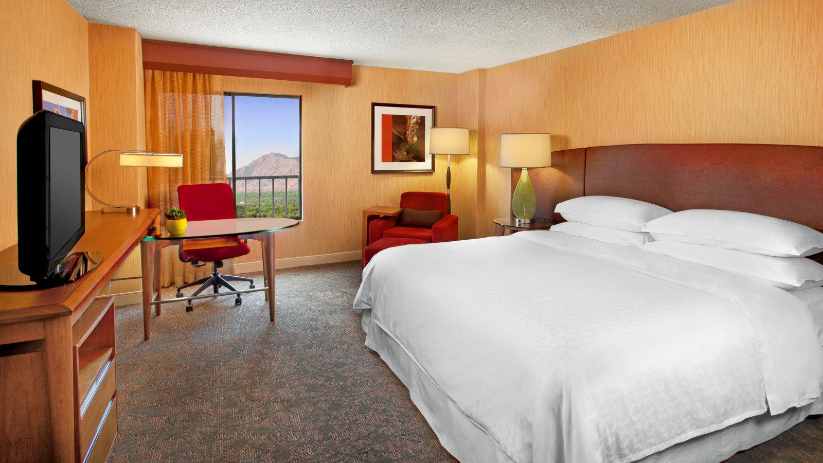 Albuquerque Restaurant Near ABQ Airport - Room Service
